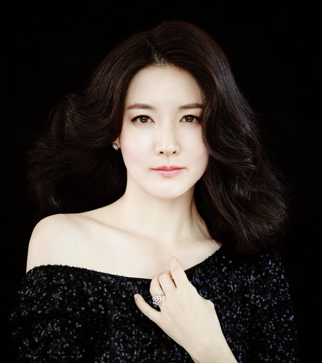 http://id.castko.com/wp-content/uploads/2017/08/LEE-YOUNG-AE.jpg